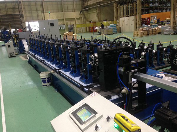 Flexible punching quick change forming line (exported to Japan)
